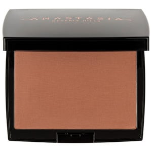 Anastasia Beverly Hills complexion