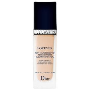 DIOR Diorskin Forever foundation, tono 010
