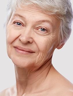 Waarom ontstaan er rimpels en kraaienpootjes in het gezicht?
