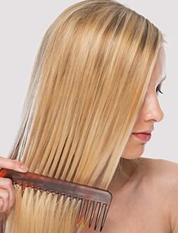 Gespleten haarpunten bij lang haar